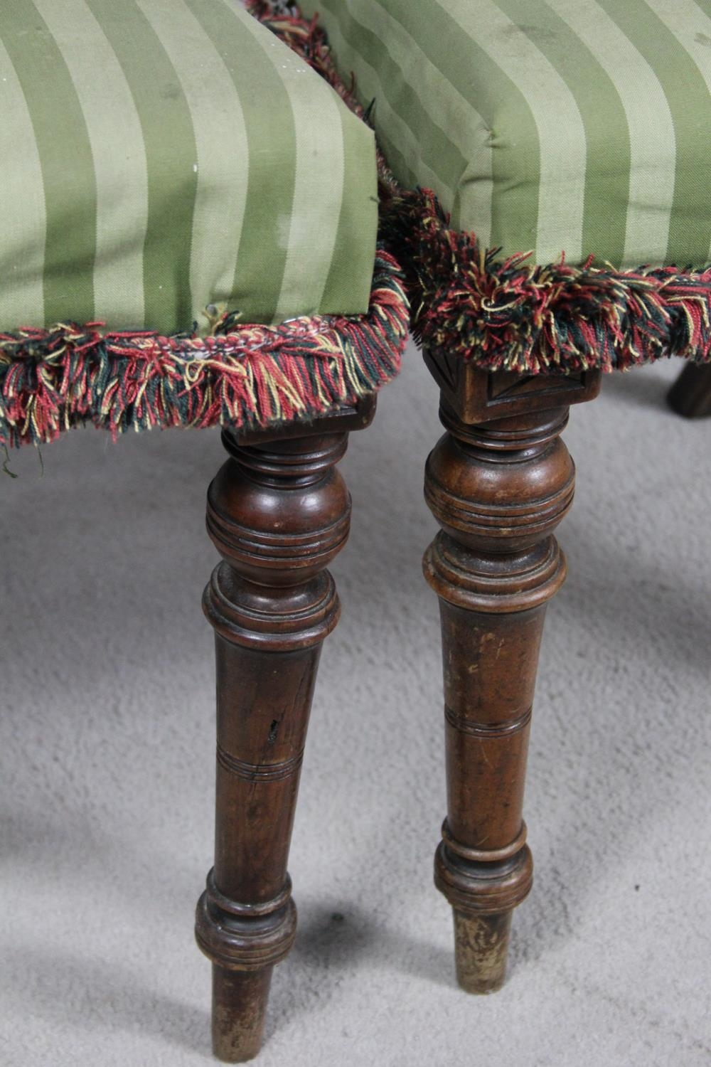 A pair of late 19th century mahogany bedroom chairs on turned tapering supports. H.87 W.48 D.50cm - Image 7 of 11