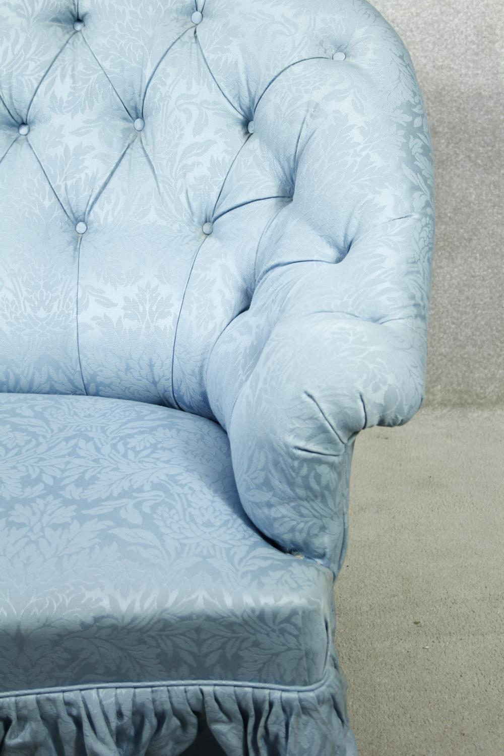 A vintage tub shaped two seater sofa in deep buttoned damask upholstery. H.94 W.150 D.90cm - Image 2 of 7