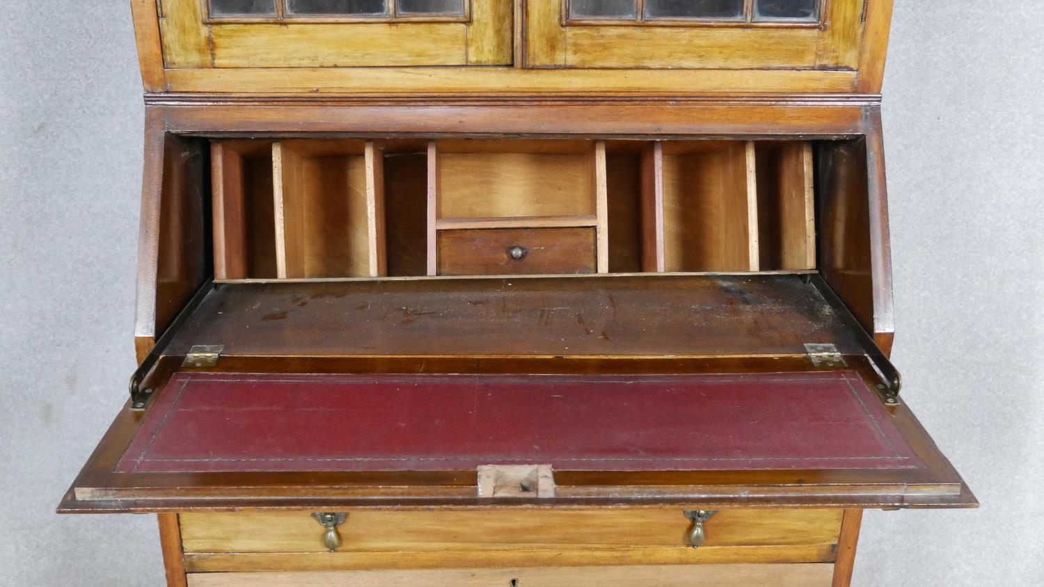 An early 20th century mahogany two section Georgian style bureau bookcase with fitted interior on - Image 3 of 8