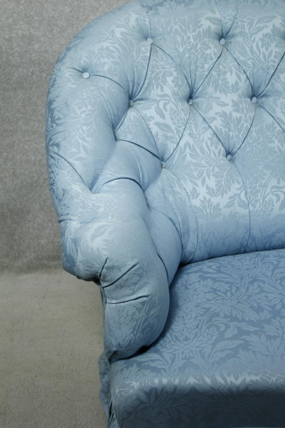 A vintage tub shaped two seater sofa in deep buttoned damask upholstery. H.94 W.150 D.90cm - Image 3 of 7