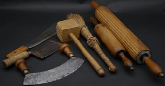 A miscellaneous collection of vintage kitchen tools and equipment. L.65cm (Largest)