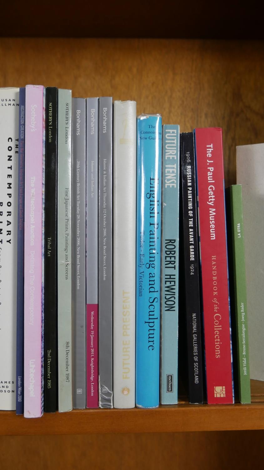 A collection of thirty five Art and Sculpture books and catalogues including: Whitney Museum of - Image 4 of 10