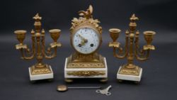 London - Antiques & Interiors - NO VIEWING THIS WEEKEND. ONLY DELIVERIES/COLLECTIONS - Low Cost Nationwide Deliveries and Pack & Post Service