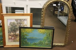 A GILT FRAMED ARCH SHAPED MIRROR, APPROX. 86 X 49 CM TOGETHER WITH TWO VINTAGE PRINTS OF SEASCAPES