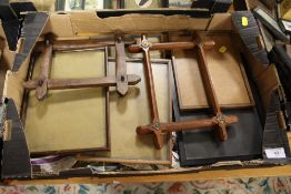 A TRAY OF SMALL PICTURE FRAMES TO INCLUDE CROSS FRAMED EXAMPLES