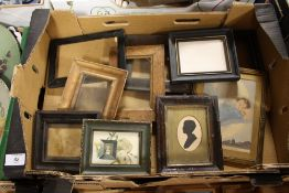 A TRAY OF SMALL PICTURE FRAMES TO INCLUDE AN ANTIQUE FRAMED AND GLAZED SILHOUETTE