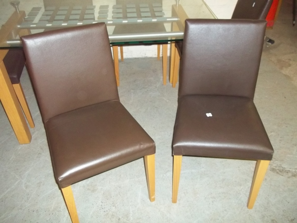 A GLASS DINING SET WITH SIX FAUX LEATHER CHAIRS - Image 5 of 5