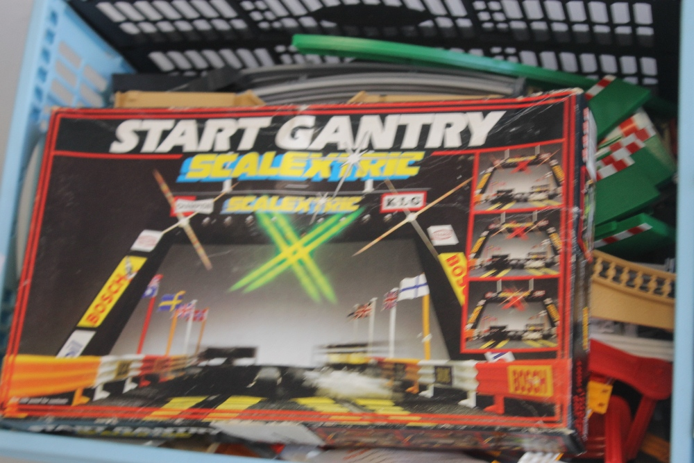 A COLLECTION OF TWENTY ONE SCALEXTRIC SLOT CARS BY HORNBY, SCALEXTRIC ETC., boxed Scalextric - Image 5 of 6