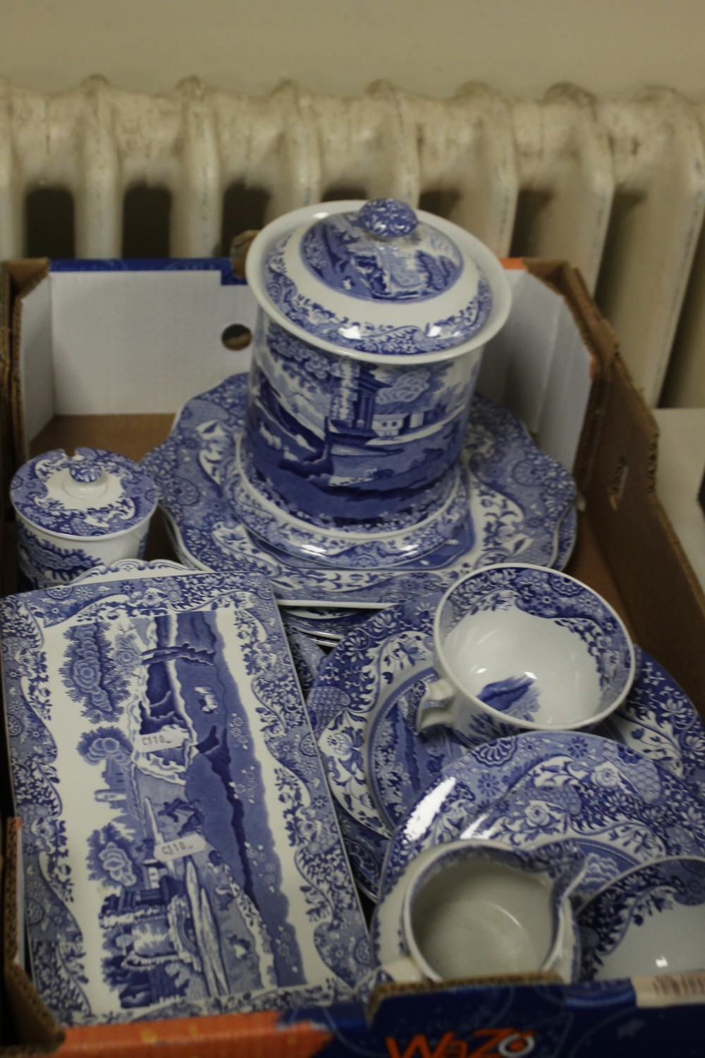 TWO TRAYS OF BLUE & WHITE CERAMICS TO INCLUDE SPODE (trays not included) - Image 3 of 3