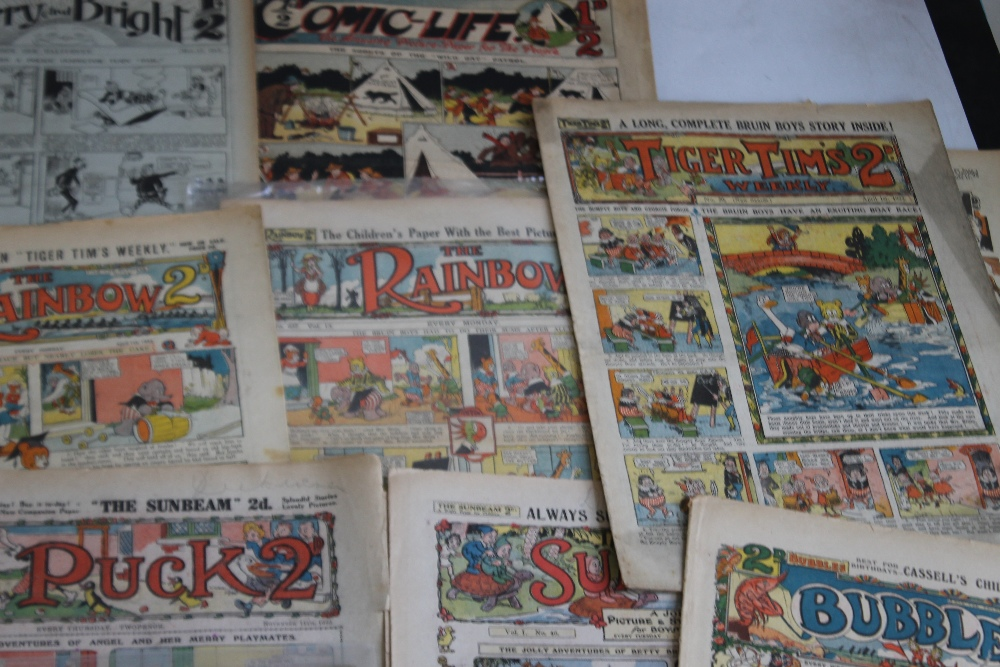 EARLY 20TH CENTURY COMICS to include 'Comic Life' #616 1910, 'Merry and Bright' #135 1913 and #402 - Image 3 of 6
