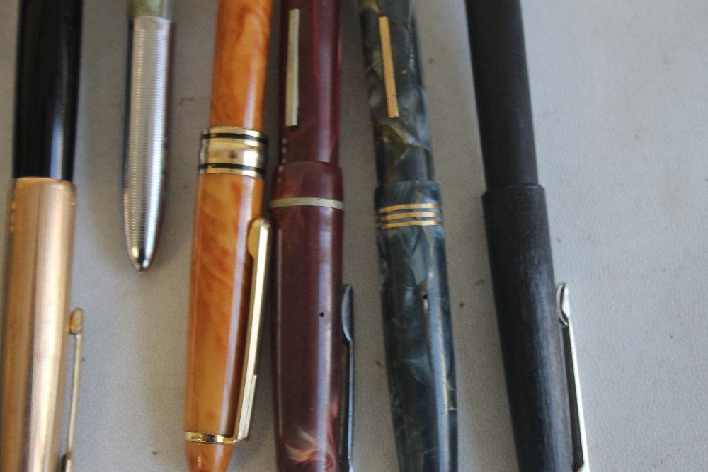 A SELECTION OF PENS, to include Osmiroid, Parker, Papermate etc - Image 3 of 8