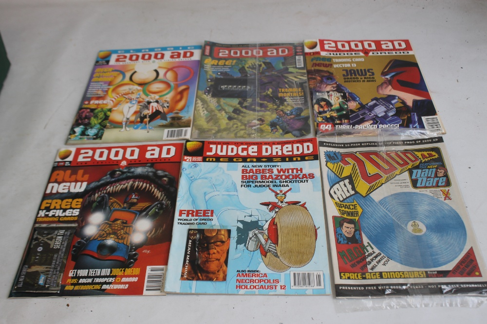 A LARGE QUANTITY OF 2000AD COMICS, mainly 1980s and 1990s, some in sealed packets and a few with - Image 9 of 10