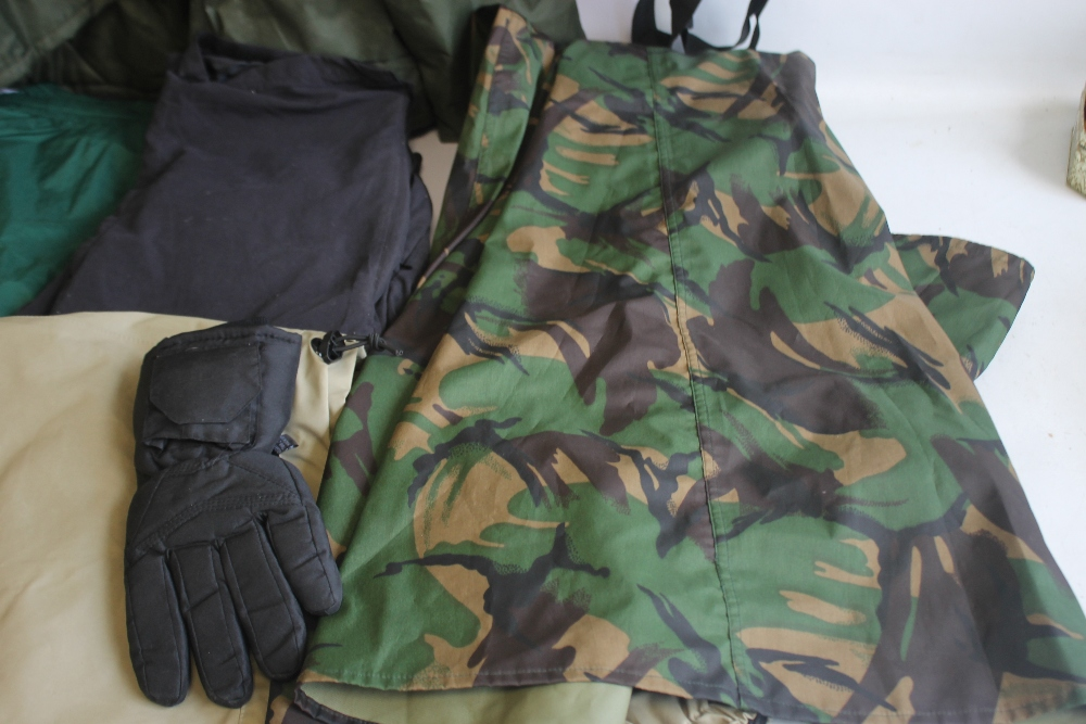 A COLLECTION OF ASSORTED FISHING CLOTHING, to include a Cormoran jacket and braces size XXXL, a - Image 4 of 5