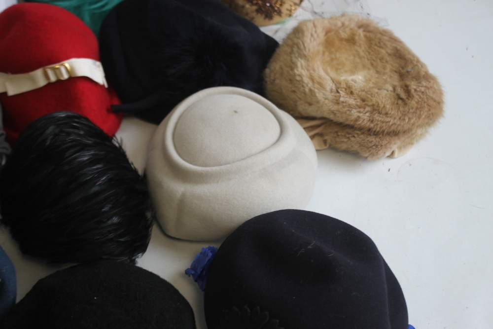 A SMALL QUANTITY OF PILLBOX STYLE HATS to include 'Headways by Albert', 'Marten' etc. and a Maugreen - Image 4 of 6