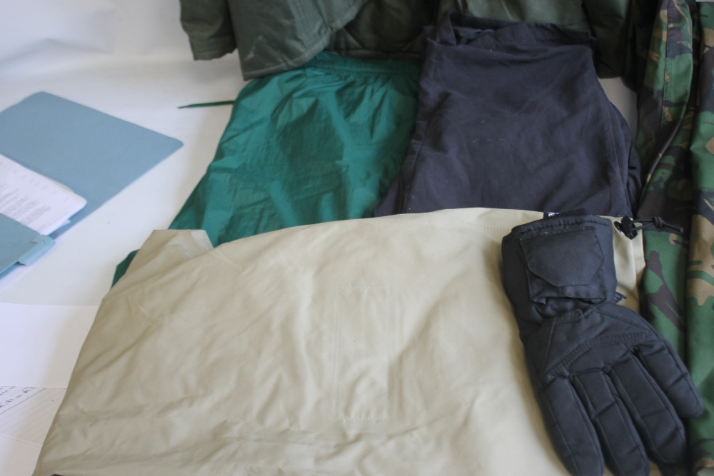 A COLLECTION OF ASSORTED FISHING CLOTHING, to include a Cormoran jacket and braces size XXXL, a - Image 5 of 5