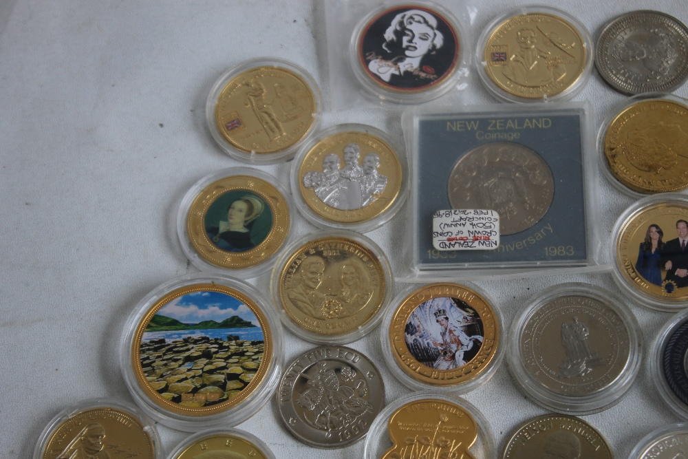 A COLLECTION OF MODERN COMMEMORATIVE CROWN SIZED COINS, to include issues from Fiji, New Zealand, - Image 5 of 5