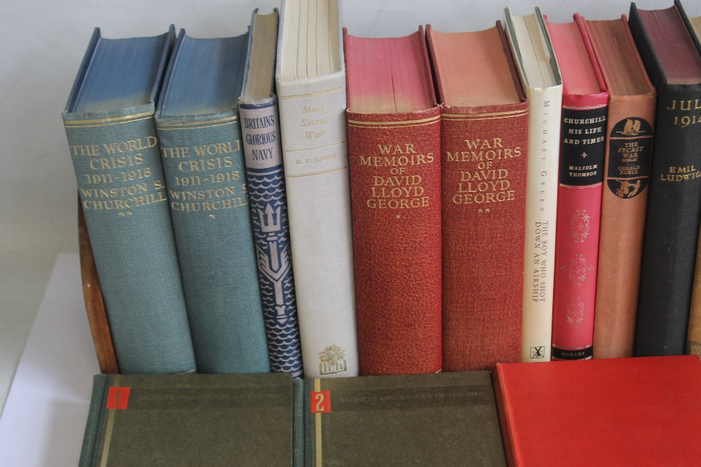 A COLLECTION OF MILITARY INTEREST BOOKS to include Winston S. Churchill - 'The Second World War' - Image 2 of 5