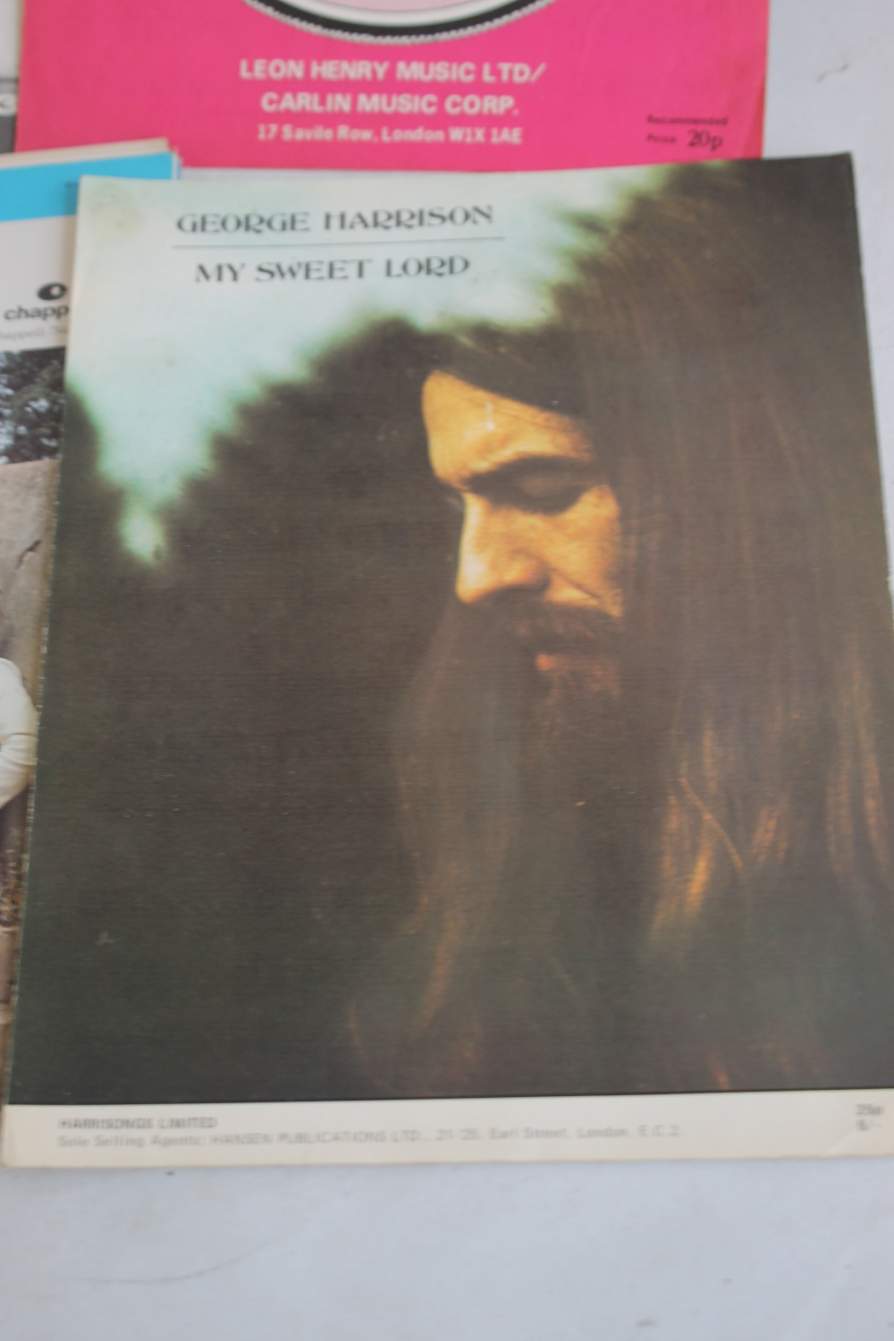 A QUANTITY OF SHEET MUSIC TO INCLUDE 1960S / 70S (approx. 40) George Harrison - My Sweet Lord, Rod - Image 6 of 6