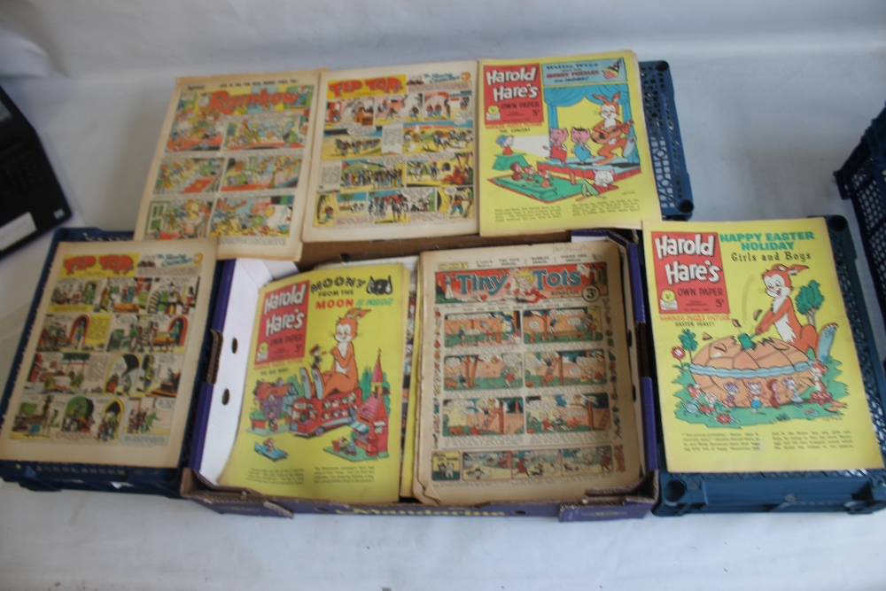 THE TOPPER' COMICS 1954 - 1964, 32 issues, not a run, together with 'The Sunbeam' #706 Aug 1939, '