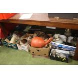 A QUANTITY OF SUNDRIES to include stoneware, parafin lamps, small vintage space hopper etc.