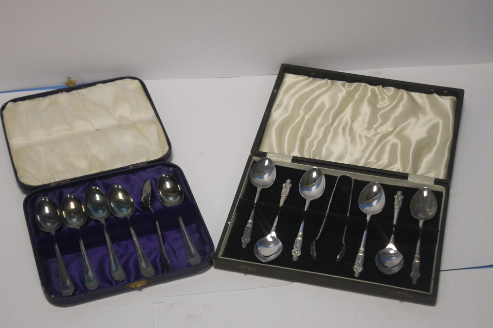 TWO CASED SETS OF WHITE METAL TEASPOONS