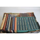 FOLIO SOCIETY SHAKESPEARE 'THE COMPLETE PLAYS', eight volumes in two slip cases, Chaucer 'The