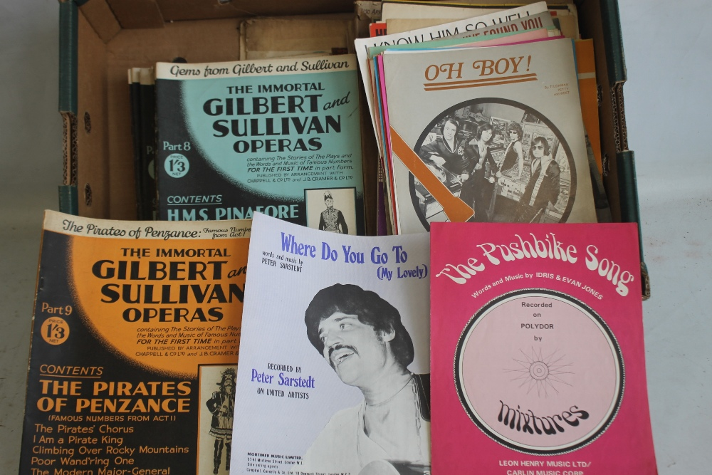 A QUANTITY OF SHEET MUSIC TO INCLUDE 1960S / 70S (approx. 40) George Harrison - My Sweet Lord, Rod - Image 2 of 6
