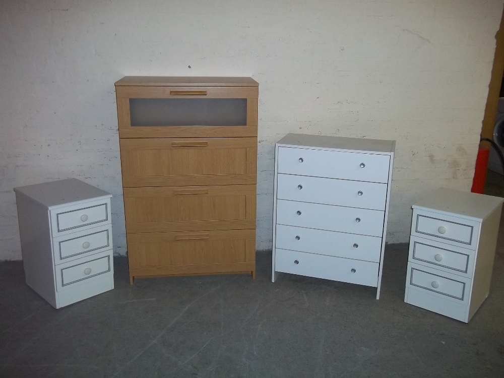 A SELECTION OF FOUR BEDROOM CHESTS OF DRAWERS