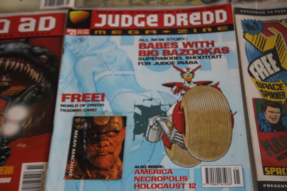 A LARGE QUANTITY OF 2000AD COMICS, mainly 1980s and 1990s, some in sealed packets and a few with - Image 10 of 10
