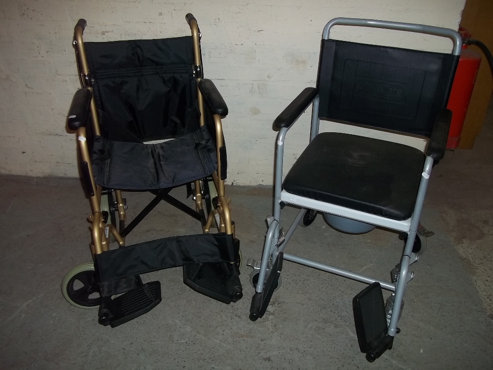 A FOLDING LIGHTWEIGHT WHEELCHAIR AND A MOBILE COMMODE