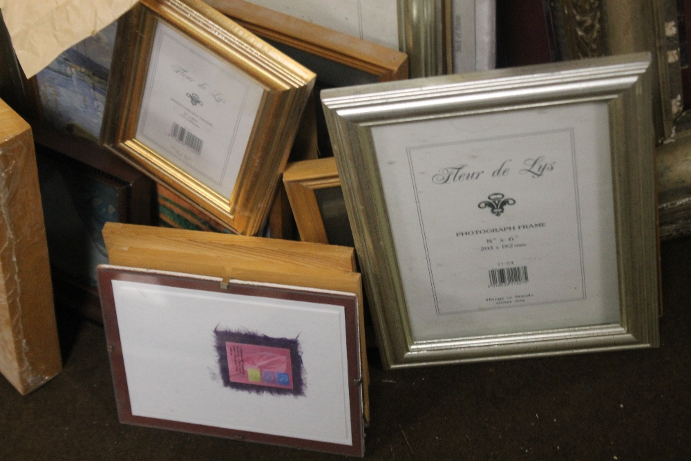A QUANTITY OF PICTURES, PRINTS AND A GILT FRAME A/F - Image 2 of 3