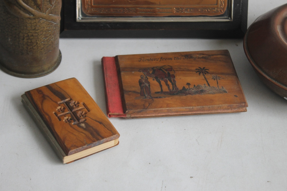 A SMALL BOX OF COLLECTABLES to include a shell case vase, a copper warmer, a framed metal plaque - Image 3 of 4