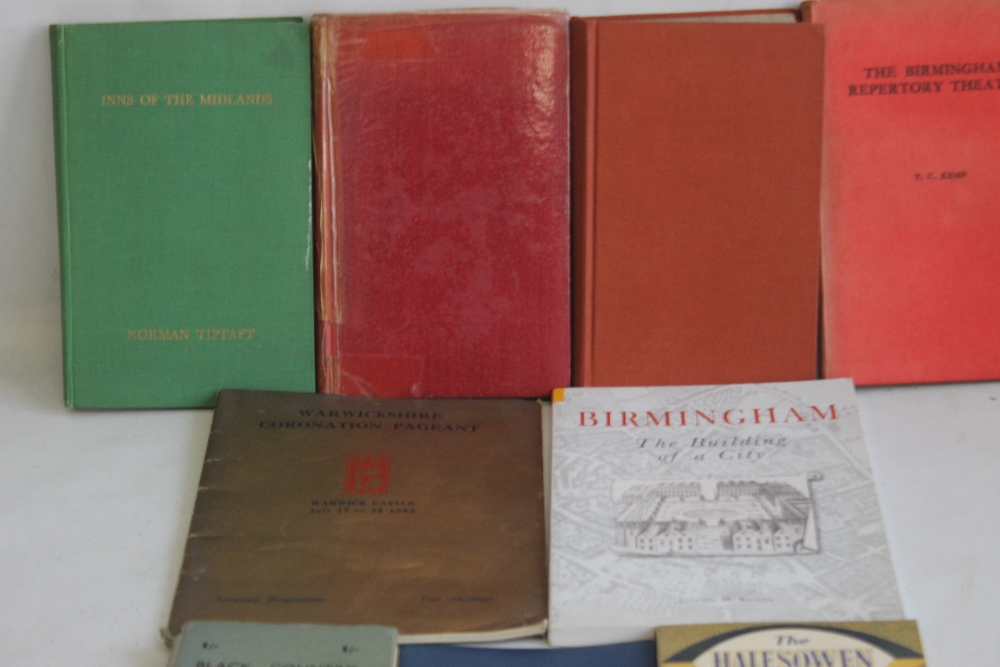 A SMALL COLLECTION OF MIDLANDS INTEREST BOOKS to include Hans & Lena Schwarz - 'The Halesowen Story' - Image 2 of 4