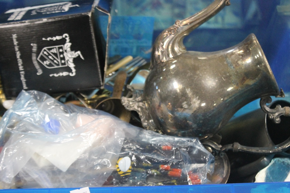 TWO TRAYS OF METALWARE ETC. - Image 2 of 3