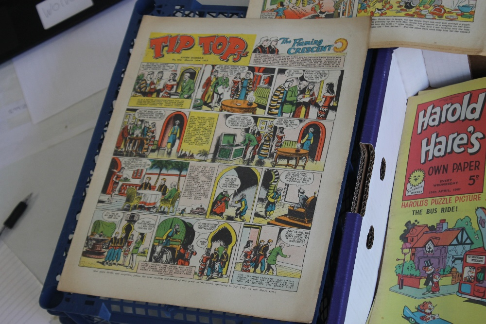 THE TOPPER' COMICS 1954 - 1964, 32 issues, not a run, together with 'The Sunbeam' #706 Aug 1939, ' - Image 5 of 5