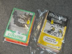 A QUANTITY OF SPEEDWAY / FORD CAR BOOKS