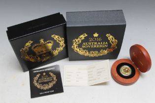 A QUEEN ELIZABETH II 2016 AUSTRALIAN SOVEREIGN, complete with box and papers stating a edition limit