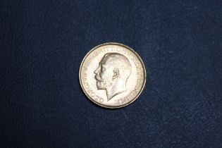 A GEORGE V 1913 SOVEREIGN