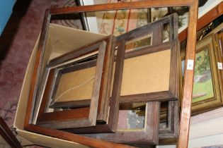 A COLLECTION OF OAK AND OTHER PICTURE FRAMES