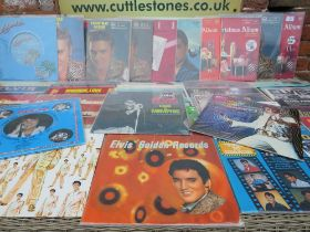 A QUANTITY OF ELVIS PRESLEY LP RECORDS ETC., to include a selection of Christmas albums (approx 62)