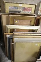 A QUANTITY OF VINTAGE GILT PICTURE FRAMES OF ASSORTED SIZES, SOME WITH GLASS (12)