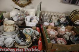FOUR TRAYS OF ASSORTED CERAMICS TO INCLUDE ROYAL WORCESTER EVESHAM (TRAY NOT INCLUDED)