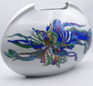 """Große """"Rosenthal"""" Vase """"Lino Sabattini"""" Modell """"tasca"""" bemalt, H- 24cm, L- 35cm,Dekor Brigitte"""