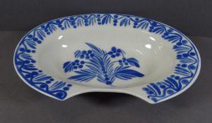 ovale Rasierschale des 18. Jahrhunderts, Höchster Porzellanmanufraktur, H-7,5cm 27x19 cm (