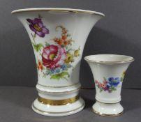 2 Fürstenberg Blumenvasen, florales Dekor, gr. Vase Goldrand berieben, H-8cm und 14cm