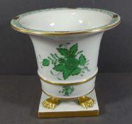 """Vase auf vier Tatzen """"Herend"""" Apponyi grün, H-13 cm, D-14,5 cm"""