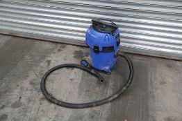 Nilfisk Multi II 22 T 240v Vacuum Cleaner (1 of)