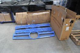 Mercedes-Benz Truck Parts (1 pallet)
