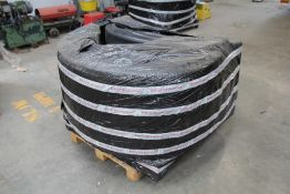 Assorted Large Plastic Mudwings (1 Pallet)