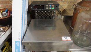 """TOLEDO MODEL 8136 20"""" X 20"""" 150LB CAP DIGITAL SCALE"""